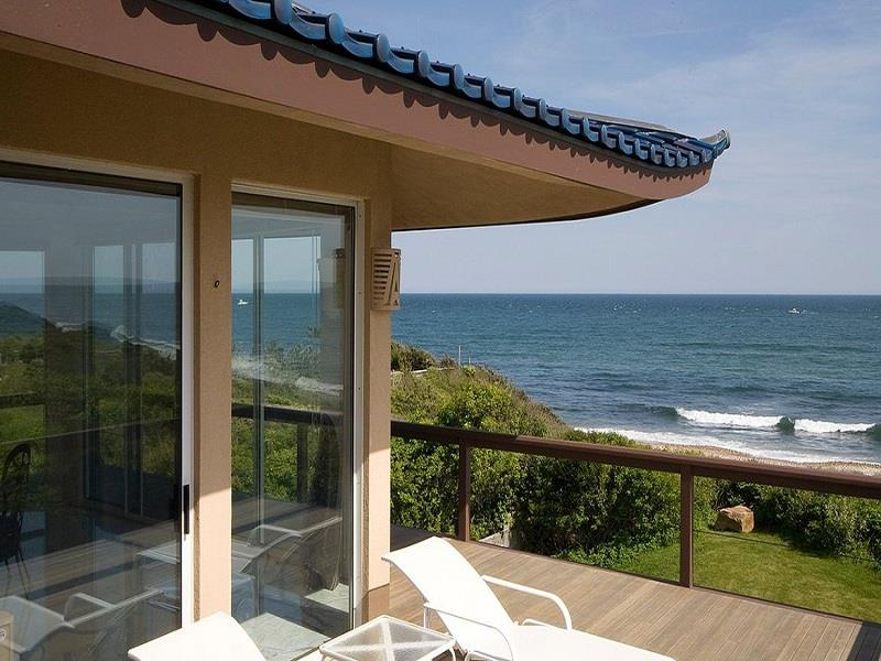Tour An Oceanfront Paradise On Montauk Point